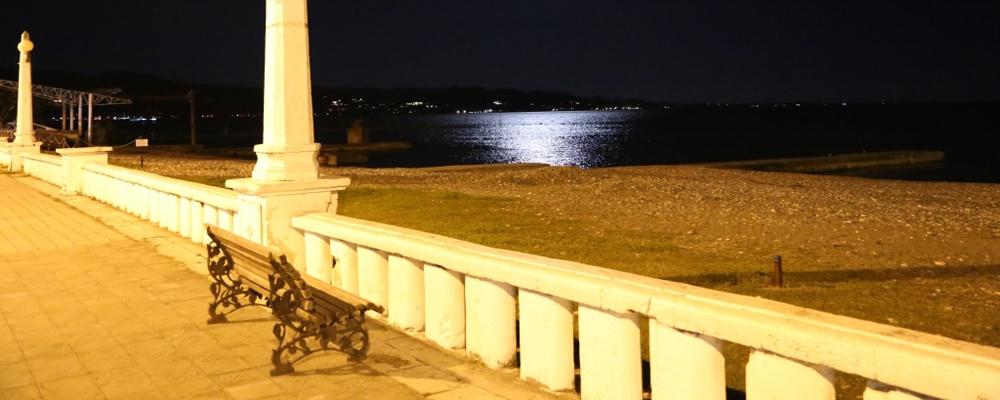отель у моря Сухум