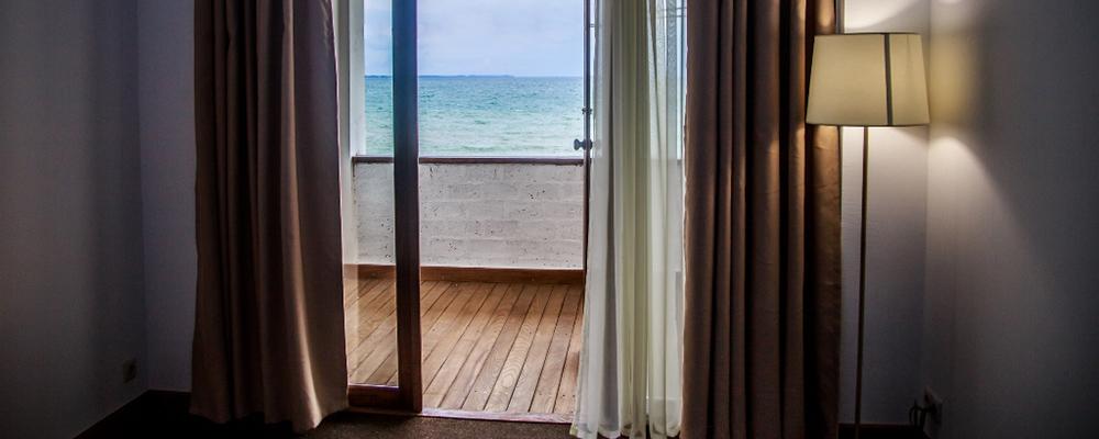 Номер люкс с видом на море Сухум Абхазия
