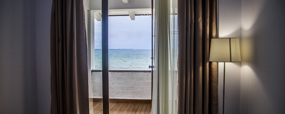 Номер люкс с видом на море цена